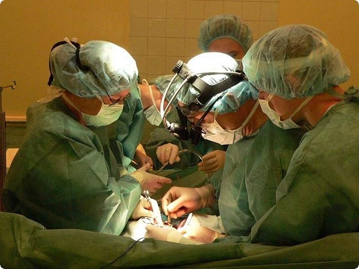 камни в почках операция