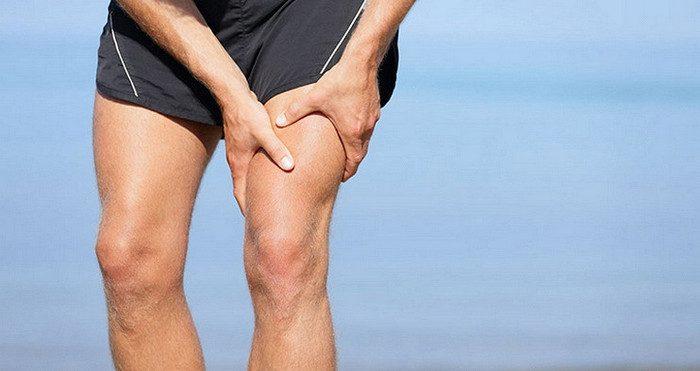 боль в почках отдает в ногу